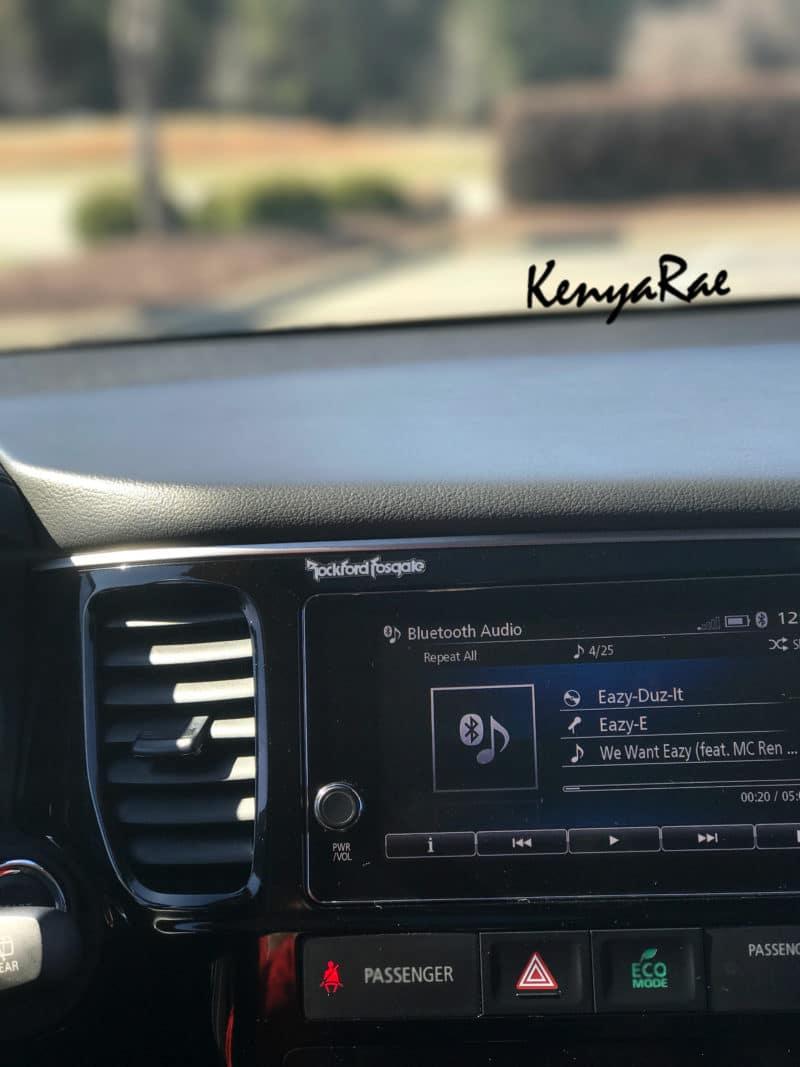 2017 mitsubishi outlander radio