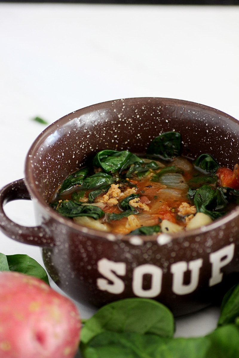 zuppa toscana soup in bowl