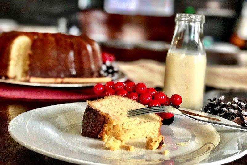 Eggnog Pound Cake2.jpg