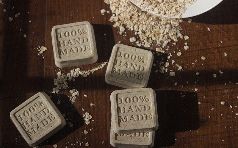 DIY Soap Honey Vanilla Oatmeal