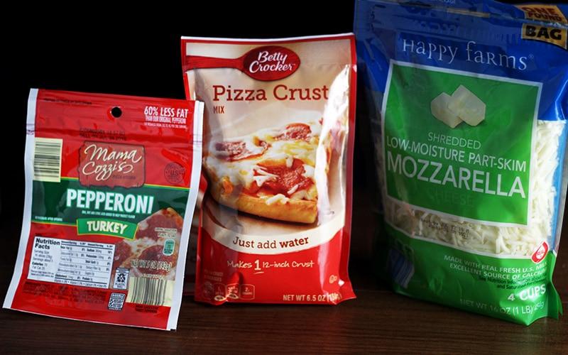 turkey pepperoni, betty crocker pizza crust, shredded mozzarella cheese