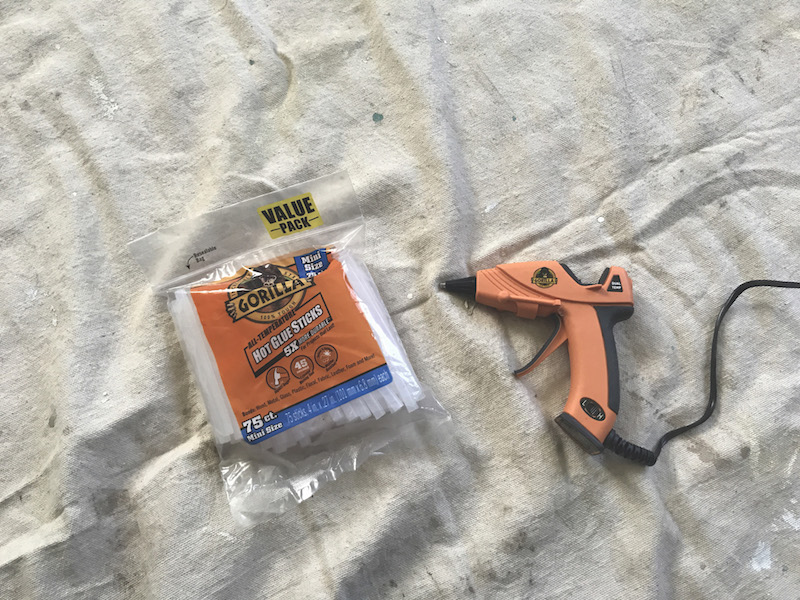 gorilla glue gun and glue