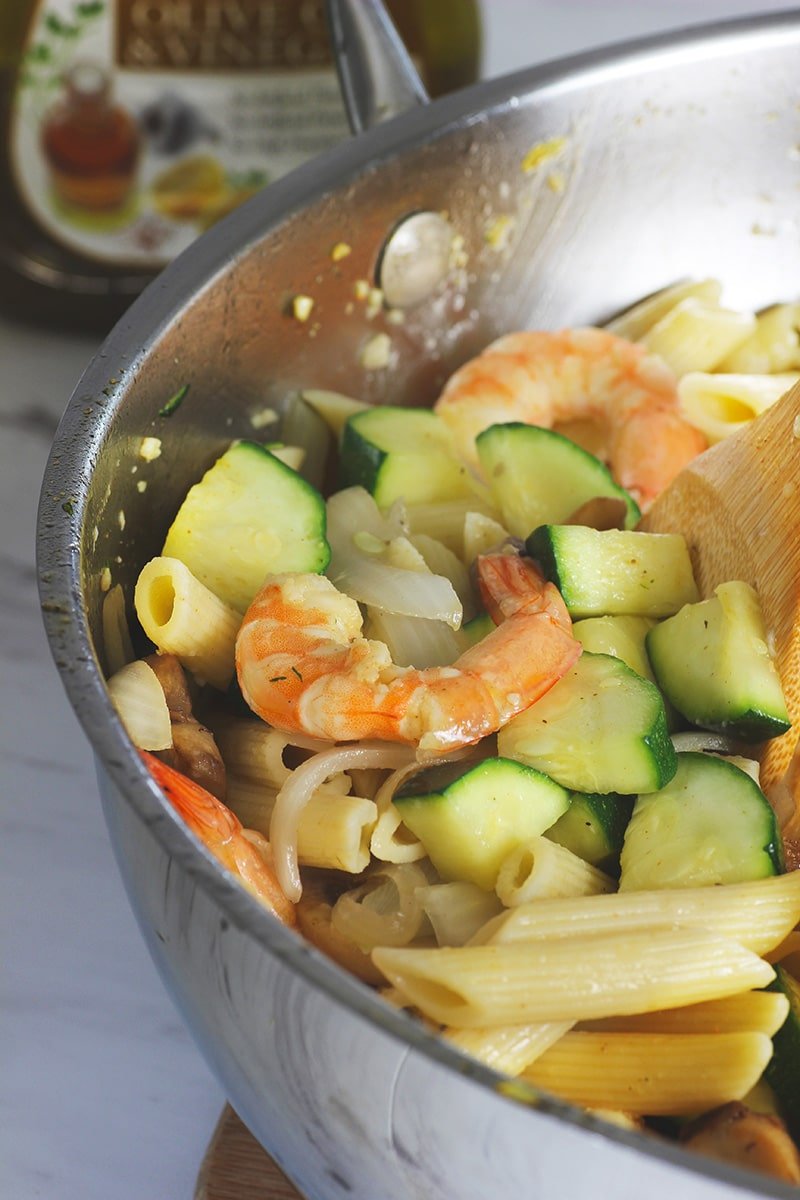 shrimp and zuccini penne pasta