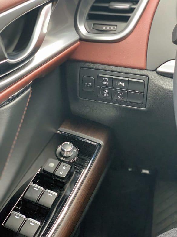 window controls of the 2019 cx9 mazda