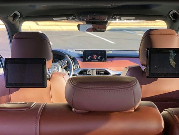 second row view of the 2019 mazda cx9
