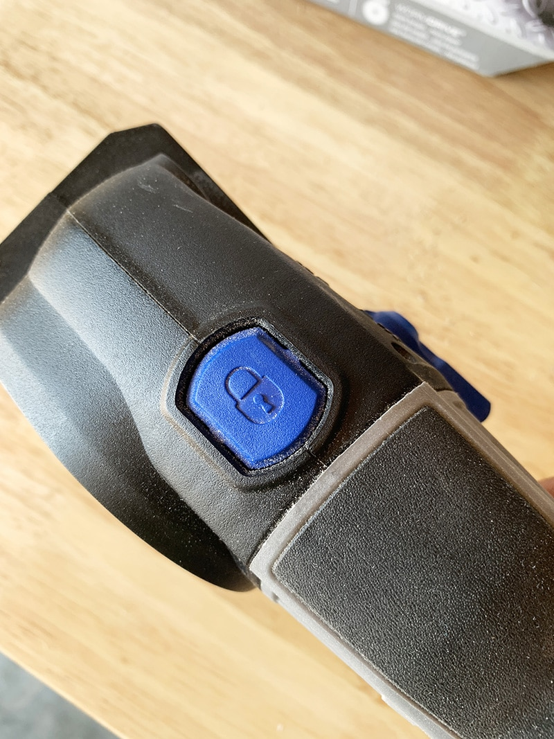 the lock button on the sawmax