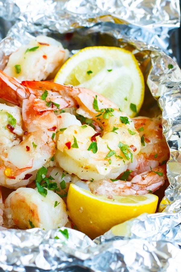 Easy Baked Shrimp Scampi Foil Packets | Low-Carb