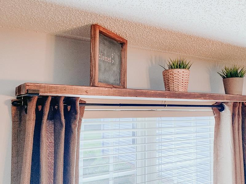 finished curtain rod shelf close up