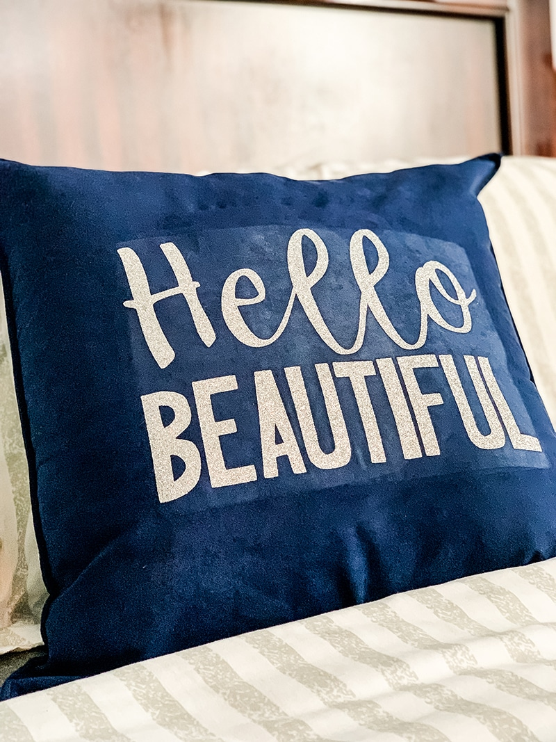 hello beautiful throw pillow using cricut easy press 2
